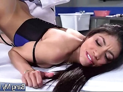 Naughty Patient veronica rodriguez Come At Doctor And Recive Sex As Treat
