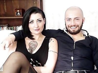 CASTING ALLA ITALIANA Sesso violento per litaliana Lady Muffin e un cazzone