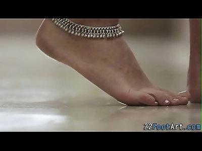 Foot tugging babe gets cumshot