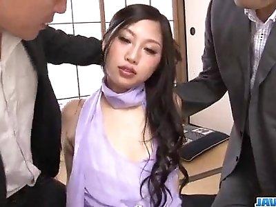 Serious office threesome along slutty Maki Takei
